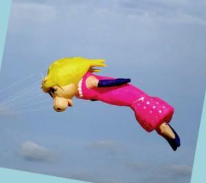 Miss Piggy aus der Muppet Show fliegt