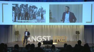 Daniele Ganser - Vortrag zu Angst im Kontext zu Corona, Foto vom Vortrag