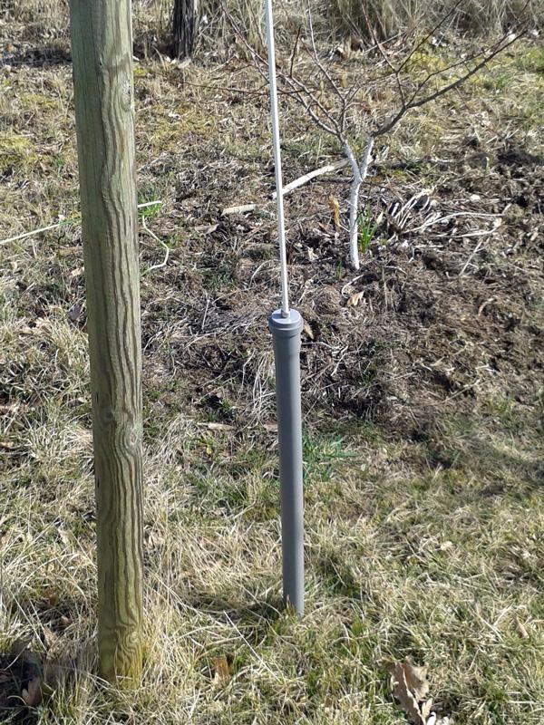 40mm-Fallrohr als günstige Alternative zum teureren Metallrohr :: Wühlmaus-Webwehr